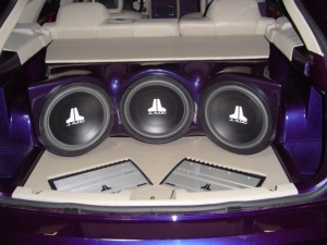 Subwoofers Amplifiers Eastpointe MI - Wow Electronics - 17